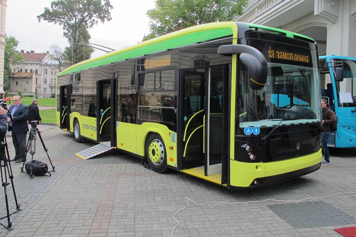 Секс в автобусе киев борисполь 20 фотография